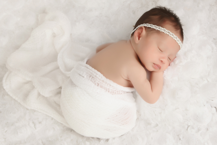 Simply Baby Newborn Photography by Anamaria Brandt